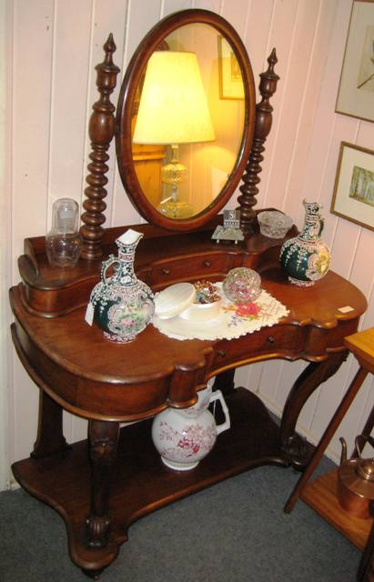 Cedar Dressing Table   SOLD
