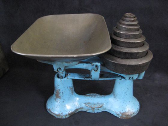 Cast Iron Scales   SOLD